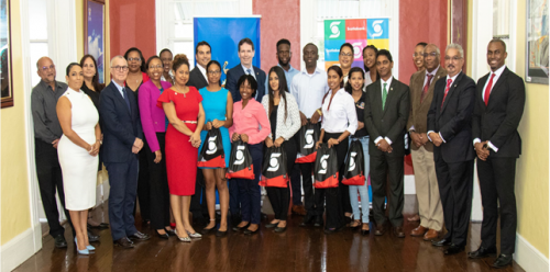Mr. Brendan King and team with UWI Execs and UWI Toronto Gala Scholarship Recipients