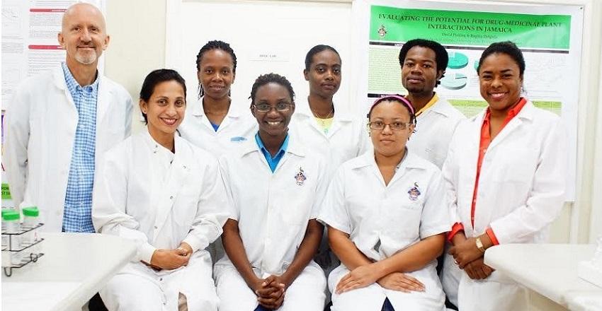 Photo of Academic Staff & Graduate Students